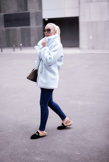 Vanessa Kandzia - Jacket, Shoes - THE PERFECT TEDDY JACKET