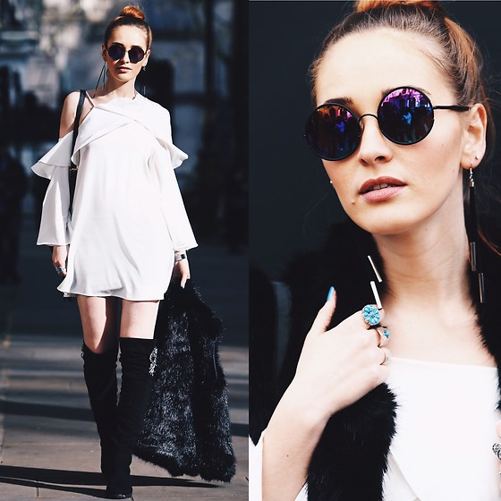 Fashion Artista - Shein Dress, Sunday Somewhere Sunglasses, Shein Rings, Superdry Faux Fur Vest - Music Festival Inspiration