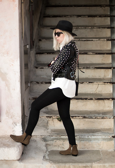 Jessica G - Zara Studded Jacket, Isabel Marant Boots, Céline Bag - Studded Jacket // ABOUT-A-GIRL.Com