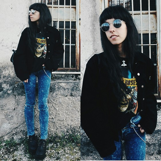 Vanessa Rossi - Levi's Jacket, Emp T Shirt, Bershka Jeans - Another Casual Outfit
