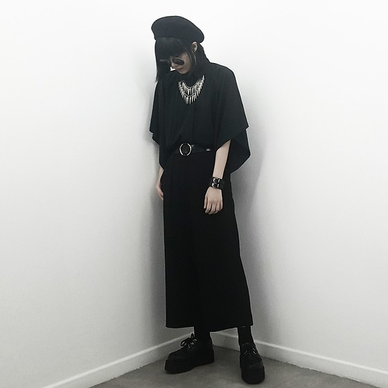 Michelle K - Stradivarius Black Wool Beret, Drape Shirt, Uniqlo Drape Flare Pants, Layered Necklace, Underground Shoes Wulfrun Double Sole Creepers - Let's Not Fall In Love