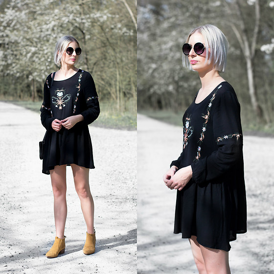 Nena F. - Moth Clothing Dress, Primark Sunglasses, Zara Ankle Boots - Embroidered skater dress