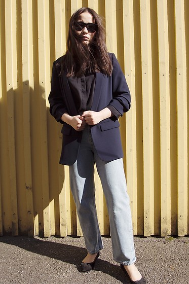Yuhan Zhang - Monki Shirt, Zara Suit, Weekday Denim, H&M Flat - Working outfit