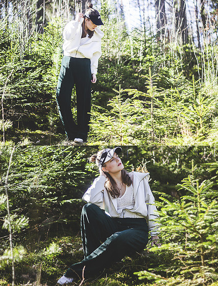 Ingrid Wenell - Nike Cap, Bik Bok Pleated Trousers, Stylein Lace Top, Lindex Hoodie - My kind of enviroment