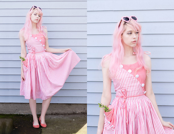 Kailey Flyte - Unique Vintage Striped Dress - Spring Flowers