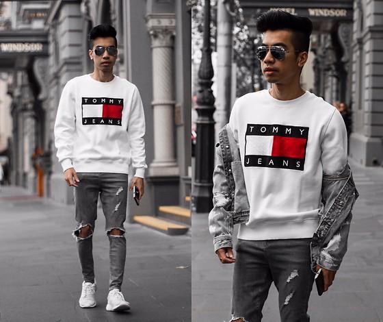 Austin Levine Tommy Hilfiger Sweater TOMMY | Instagram