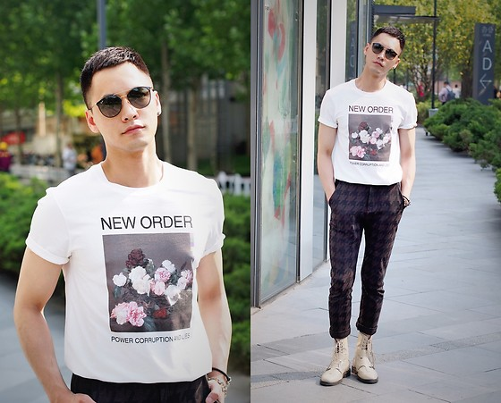 Chris Su - Sandro Tee, Zara Pants, Ray Ban Sunnies - Blue Monday