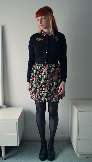 Alphie LaFray - Dangerfield Dont Be A Prick, Thrifted Floral Collared Dress, H&M Heeled Lace Ups - Stay in the line, stay in the line Dandelion