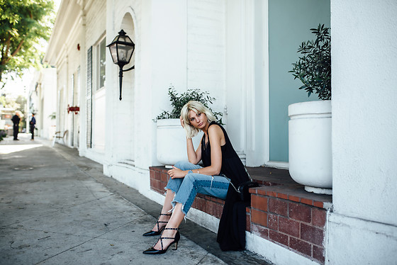 Kim Ahrens - Mango Shoes, H&M Jeans - Streets of Beverly Hills
