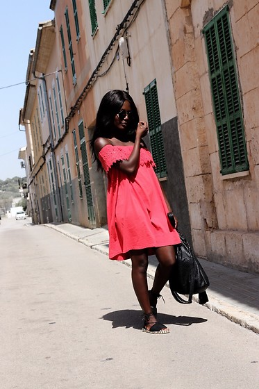 Emma Brown -  - Strolling through Majorca in red