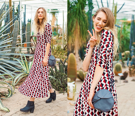 Eva Velt - Maxi Dress, Bag - Cactus Walhalla