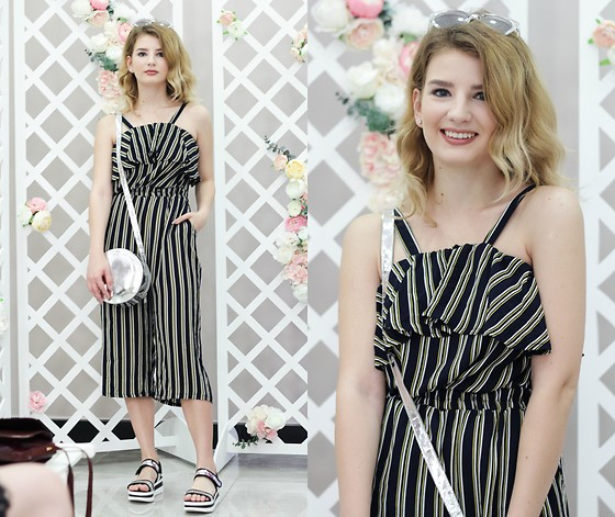Vlada Kozachyshche - Zaful Jumpsuit, Sofab Sandals, Bershka Bag, Rue21 Sunglasses - Stripes
