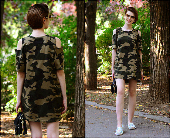 Malinina-ek - - Romwe Dress, Zaful Sunglasses - Military