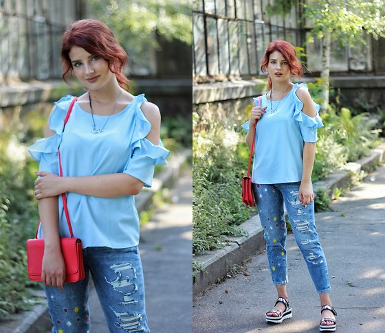 Vlada Kozachyshche - Shein Blouse, Soorty Jeans, Sofab Sandals, Zara Necklace, Bershka Bag - Casual September Look