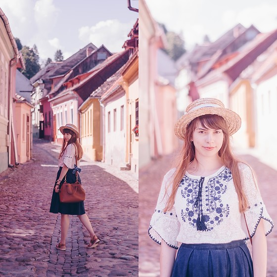 Ana B - Uniqlo Skirt, Stradivarius Bag, Fandacsia Boater Hat - Colorful Streets of Sighisoara, Romania