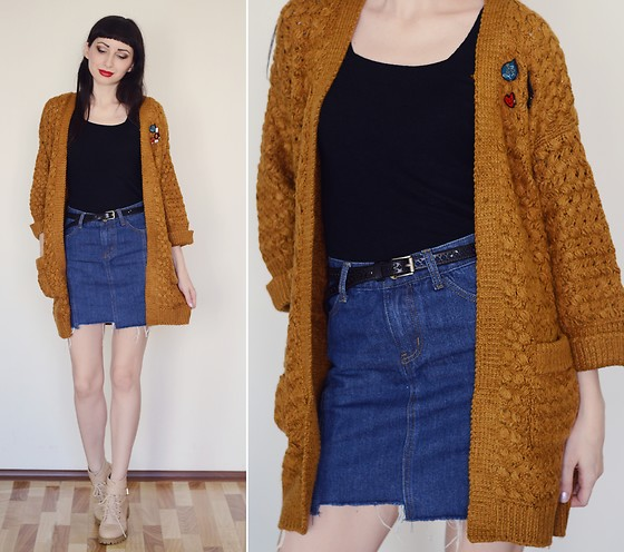 Kary Read♥ - Cardigan, Boots, Skirt, Broches - Autumn♥