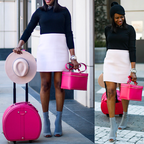 Monica Awe-Etuk -  - AWED BY MONICA:  IN AWE OF THE PERFECT GIFT – THE AWED BY MO