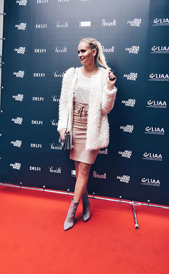 Madara L - New Yorker Beige Skirt, Quiz Clothing Faux Suede Ankle Boots - Riga Fashion week outfit #2