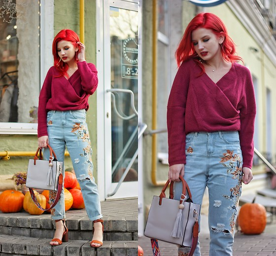 Vlada Kozachyshche - Zaful Sweater, Zaful Jeans, Zaful Bag, Zaful Sandals, Necklace, House Earrings - Burgundy Autumn Outfit