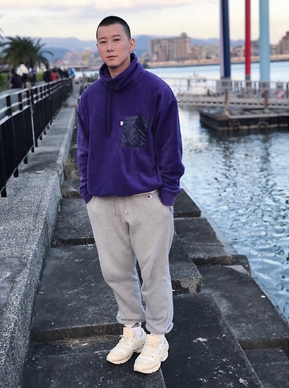 No Rehearsal - Christopher Shannon Purple Fleece, Champion Jogger, Raf Simons Dad Shoes, Adidas White Socks - 10. PURPLE