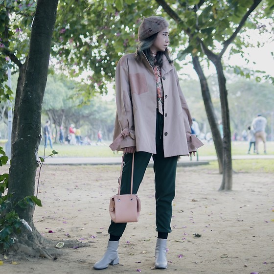 Petrina Hsieh - Unius Jacket, Zara Joggers, Zara Ankle Boots - Pink and Green