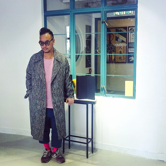Mannix Lo - Modement Tweed Long Coat, Cotton On Tee, New Balance Sneakers, Maple Denim Cropped Jeans - Tweed Long Coat