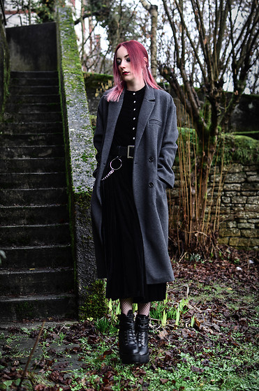 Saskia B. -  - Long coat