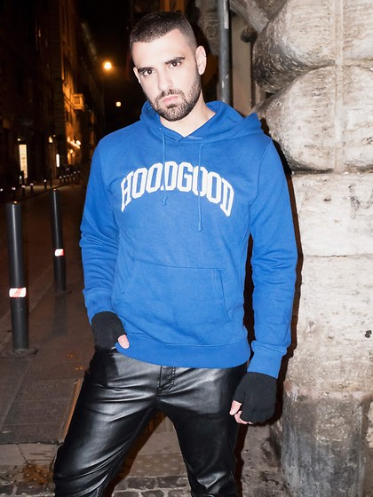 Panagiotis Kelebesis - Pull & Bear Sweater And, H&M Leather Pant, Asos Gloves - Rome by night
