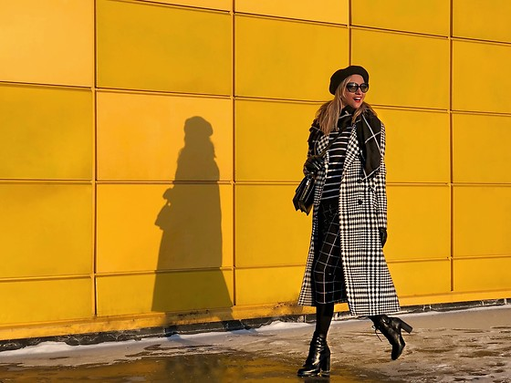 Anna Kopa - United Colors Of Benetton Coat, Massimo Dutti Bag, H&M Scarf, Prada Glasses, Be Free Skirt - Playing with stripes