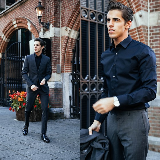 Matthias Geerts -  - Dresses up in Amsterdam
