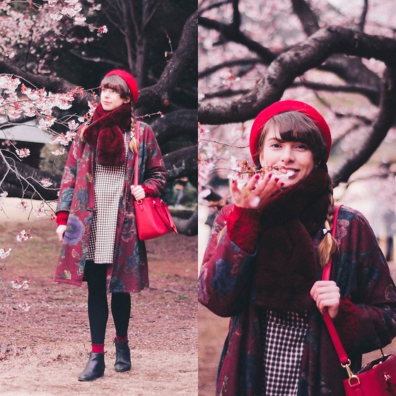 Ana B - Freegia Coat, Studio Toms Red Beret - Early Sakura