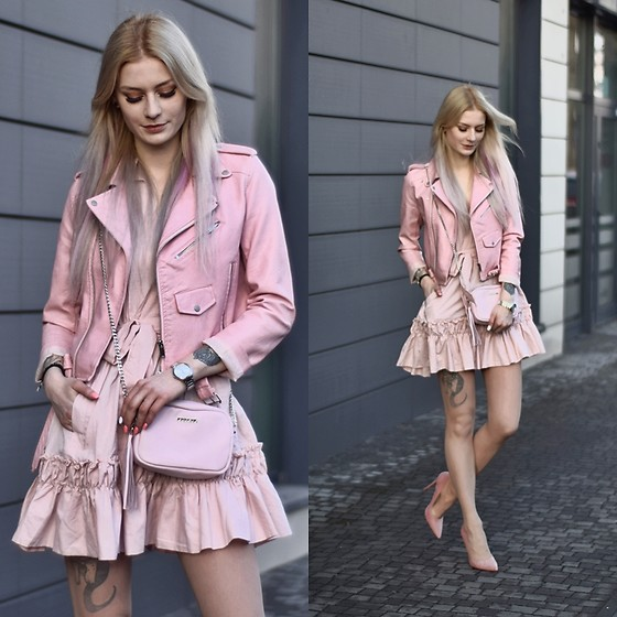 Katarzyna Konderak - Dress, Bag - Think pink