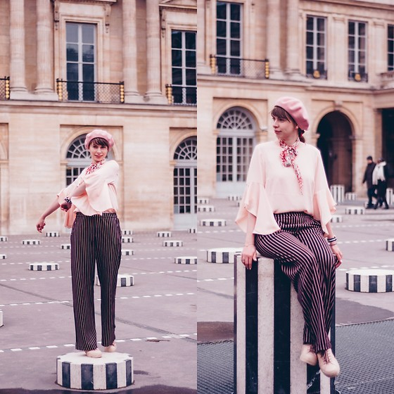 Ana B - Laulhere France Beret, New Look Blouse, Koton Striped Pants, Anna Cori Shoes - French Stripes