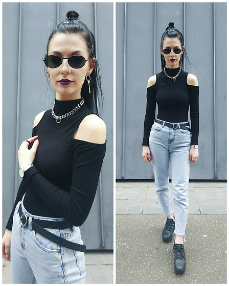 Klaudia - Pull&Bear Mom Pants, Forever 21 Cold Shoulder Top - Someone like you