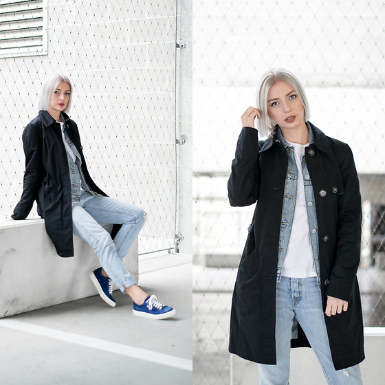 Nena F. - Karl Lagerfeld Shoes, Levi's® Jeans, S.Oliver Trench Coat - Denim + black trenchcoat