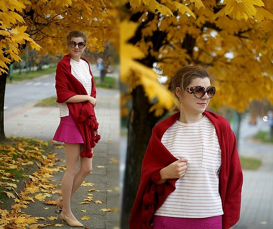 Kamila Krawczyk - Scarf, Romwe Blouse, Skirt, Shoes - Red scarf