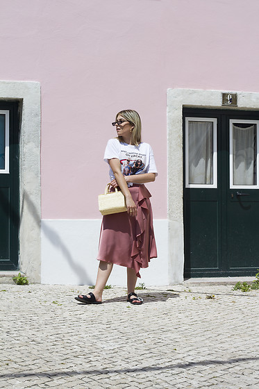 Frederica Ferreira - Zara, Bershka, Mango - Pink is the new black