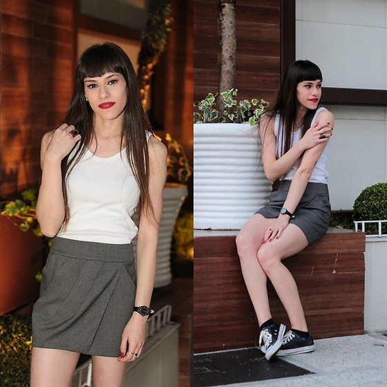 Valéria Przysbeczyski - Silk & Luck Tank Top, Armani Exchange Skirt, Converse All Star - Cool shirt, but the skirt is better