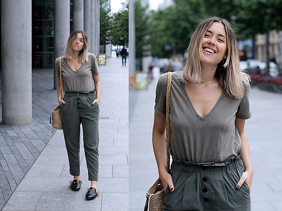 Amy Ramírez - Mango Trousers, Zara Top - Monochromatic