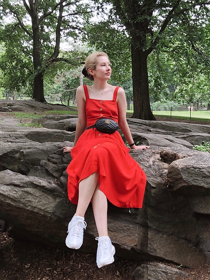 Bec Oakes - Cropped Blouse, Midi Skirt, Belt Bag, Dad Trainers - Summer in the city