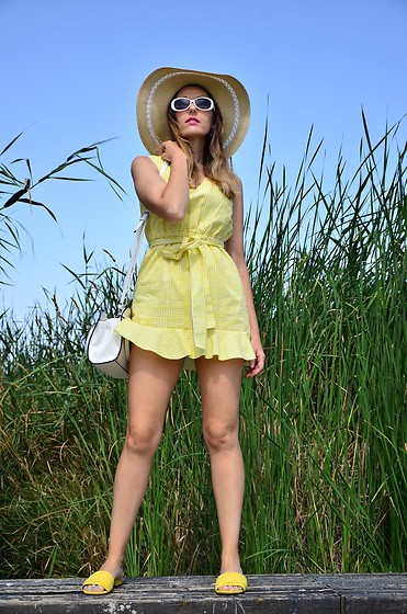 Elisabeth Green - Zaful Dress - Yellow Summer Dress