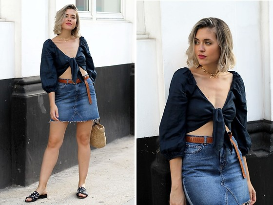 Amy Ramírez - Mango Top, Na Kd Skirt - Two tone denim