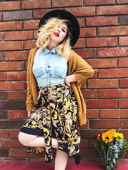 Erin Ashley Goldman - Milau Mustard Cardigan, H&M Wide Black Hat, Forever 21 Halter Crop Top, Who What Wear Floral Skirt, Top Shop Gold And Black Boots - COPING WITH NEGATIVE THOUGHTS