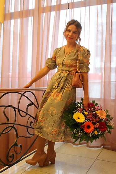 Alla Dolzhenko - Mango Dress, Love Republic Pink Bag, Heels - Flower Fairy