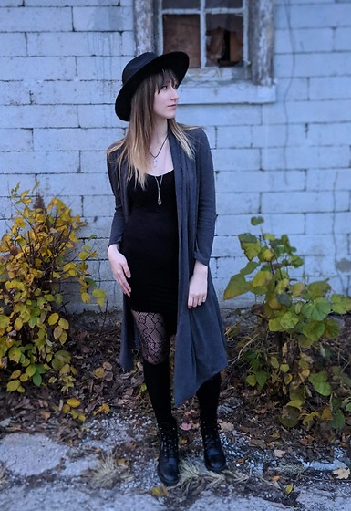 Quinn M-P - Shein Dress - Witch Way