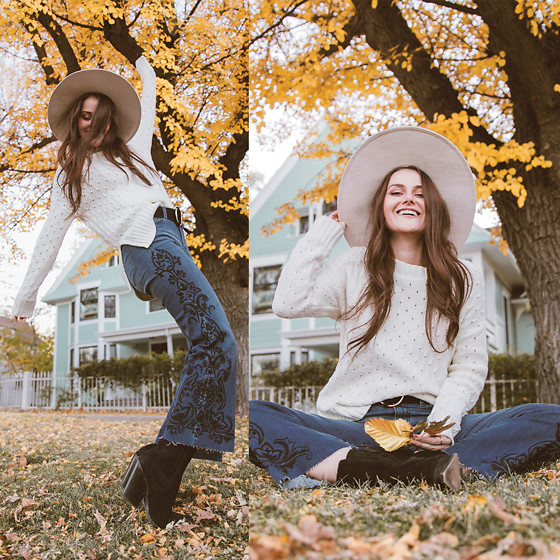 Shelly Stuckman - Liverpool Jeans, Free People Boots, Old Navy Sweater - Crop Flare