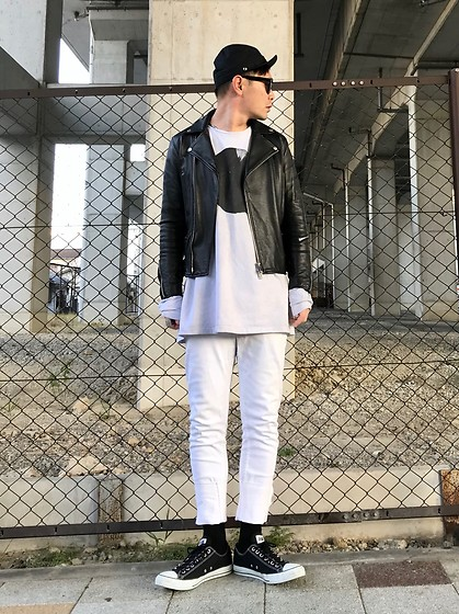 ★masaki★ - New York Hat Cap, Ch. Leather, Ssnmrkrn Art Tee, Kill City Jeans, Converse Shoes - Black & White