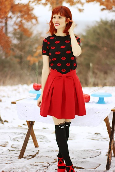 Bleu Avenue - Forever 21 Kiss Print Sweater, Chic Wish Sweet Your Heart Skirt - S.W.A.K. Valentine's Day Outfit