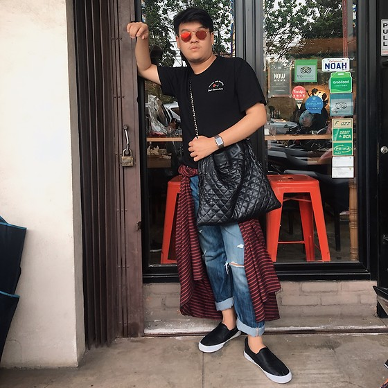 Axel Lewi - Ray Ban Hexagonal Flat Lenses, Dream & Dignity Execution Rose Tee, Chanel Quilted Sling Bag, Anye Straight Cut Boyfriend Jeans, Airwalk Black Leather Slip On, Kurnia Red Lurik - Red Hot Sunday