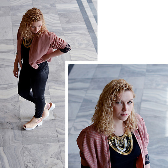 Iga Parker - Five Jeans, Aliexpress Necklace - Statement